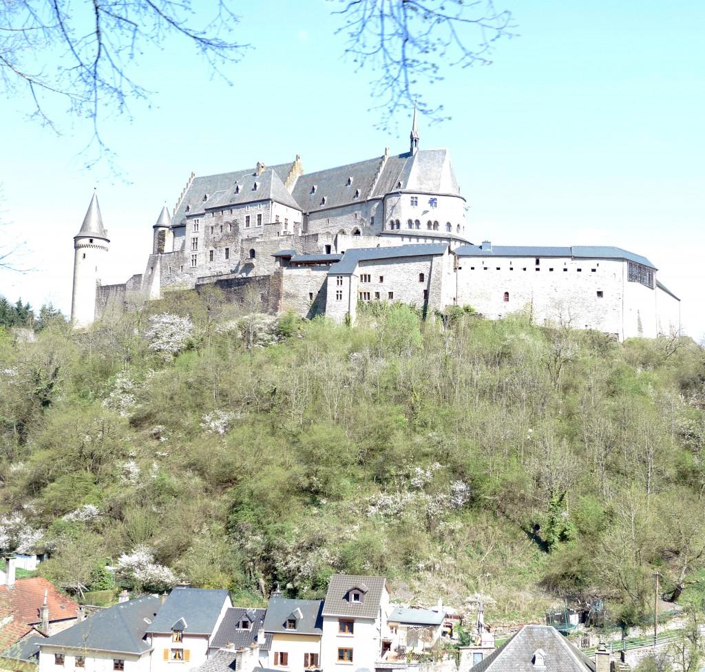 castle_vianden_luxembourg