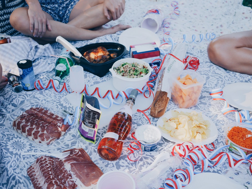 Picnic in Paris